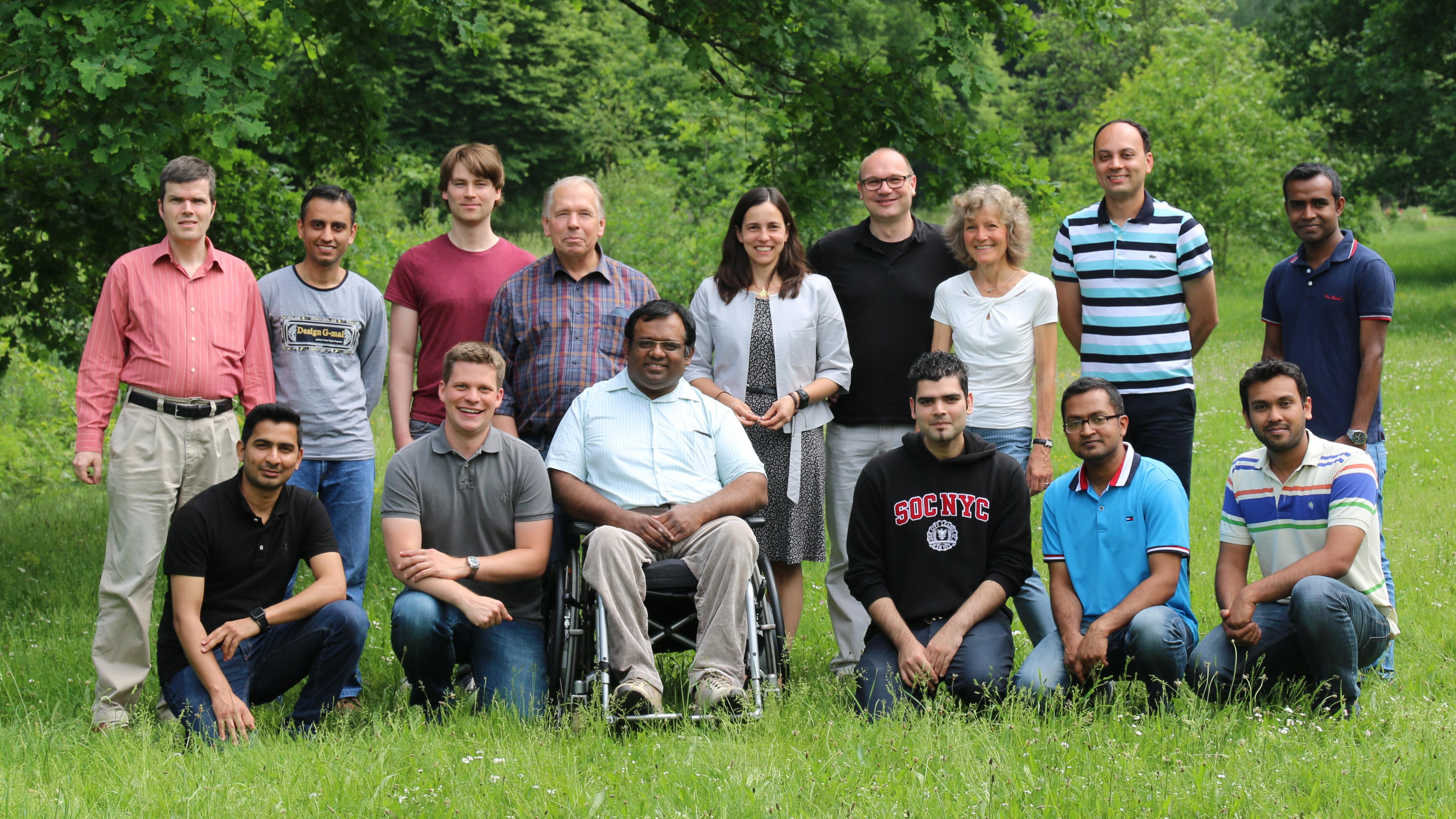 Group picture of the ComNets team