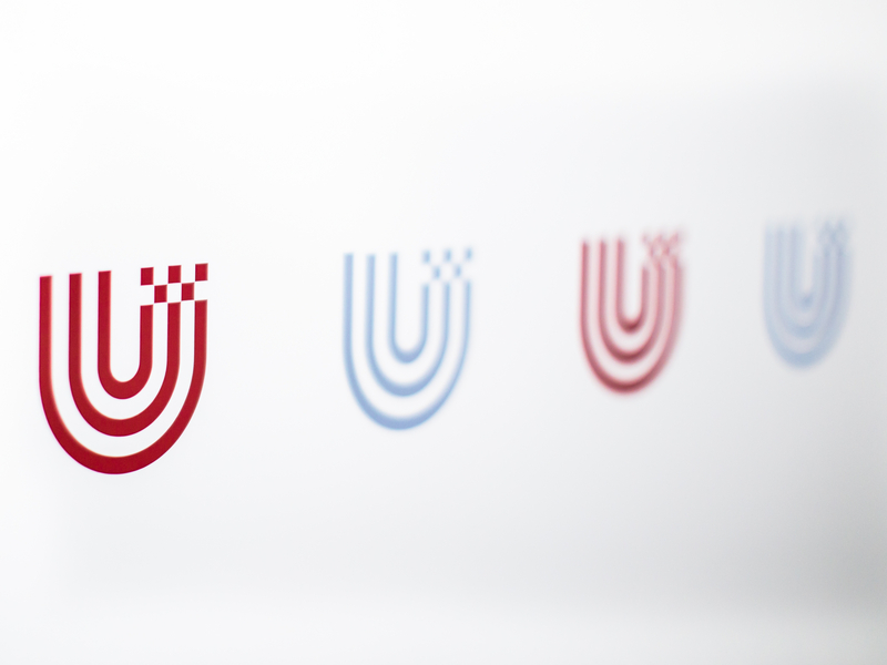 Logo of the University of Bremen in red and grey.