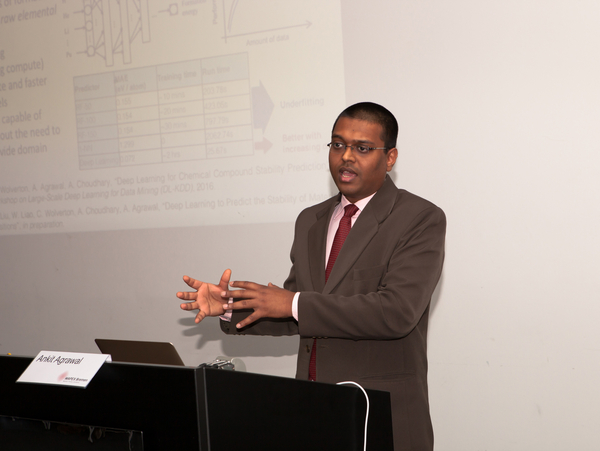 Ankit Agrawal (Northwestern University, USA), talking