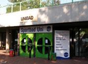 Uni-Schwimmbad